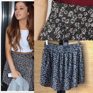 Urban Outfitters Daisy Circle Skirt